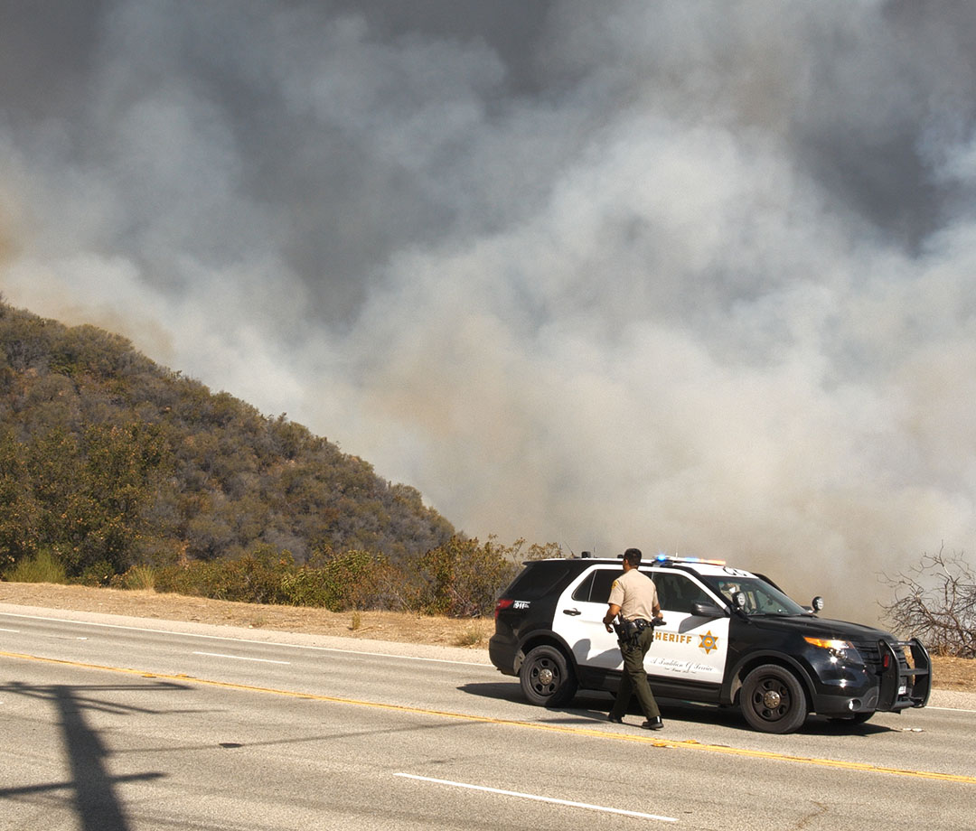 Sheriff's department visits Woolsey's fire in 2018